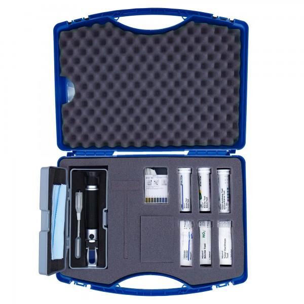 Emulsionspflegekoffer mit Handrefraktometer